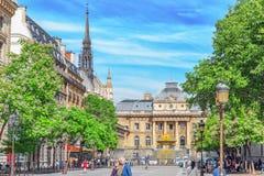 巴黎,法国- 2016年7月08日:巴黎Courthouse Palais de Just 库存图片