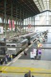 巴黎,法国- 10月21 :平台高角度拍摄在Gare 库存图片