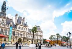 巴黎,法国- 7月31 :游人徒步Graben街图ar 免版税图库摄影