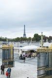 巴黎,法国- 10月20 :从马看见的埃佛尔铁塔 图库摄影