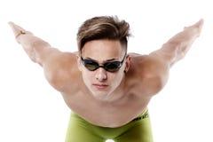 年轻,白种人运动员游泳者档案有风镜的在sta 库存照片