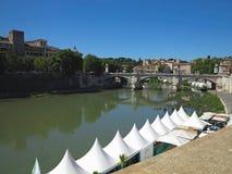 19 06 2017年,罗马,意大利:Sant `对Hadrian Maus的安吉洛桥梁 免版税库存图片