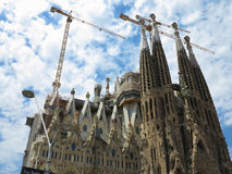 05 07 2016年,巴塞罗那,西班牙:在负面因素下的Sagrada Familia教会 图库摄影