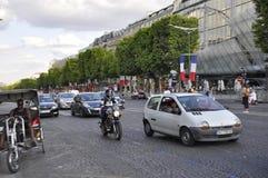 巴黎, 7月14日:香榭丽舍大街大道在国庆节在从法国的巴黎 免版税库存照片