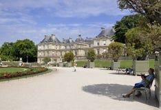 巴黎, 7月18日:从卢森堡公园的宫殿从巴黎在法国 免版税库存照片