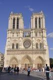 巴黎, 7月17日:从巴黎的巴黎圣母院门面在法国 库存照片