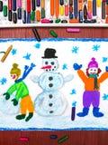 画:修造雪人,冬时的愉快的孩子 库存图片