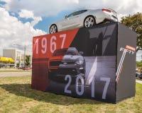 ` 1967-2017 :50年Camaro `展览,伍德沃德梦想巡航, MI 免版税库存图片