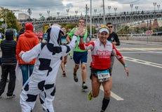 2016年 09 25 :IV莫斯科马拉松 第36个km马拉松距离 免版税库存照片