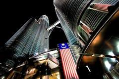 Δίδυμοι πύργοι Petronas στην Κουάλα Λουμπούρ, Μαλαισία Στοκ Φωτογραφία