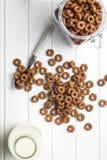 Δαχτυλίδια δημητριακών σοκολάτας Στοκ φωτογραφία με δικαίωμα ελεύθερης χρήσης