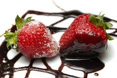 διακοσμημένες φράουλε&sigm Στοκ φωτογραφία με δικαίωμα ελεύθερης χρήσης