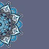 Διακοσμητικό πρότυπο με το floral υπόβαθρο κύκλων Στοκ φωτογραφία με δικαίωμα ελεύθερης χρήσης