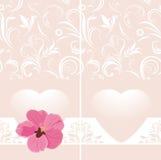 Διακοσμητικό ρόδινο έμβλημα με την καρδιά και το λουλούδι Στοκ Φωτογραφία