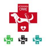 Διανυσματική εικόνα του κτηνιατρικού συμβόλου με τη γάτα και το πουλί σκυλιών Στοκ Φωτογραφία