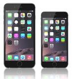 Διαστημικό γκρίζο iPhone 6 συν και iPhone 6 Στοκ Φωτογραφία