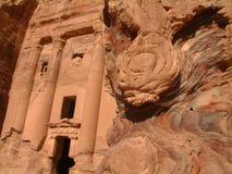δοχείο τάφων PETRA της Ιορδανίας Στοκ Εικόνα