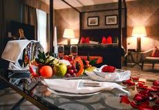 Δωμάτιο ξενοδοχείων πολυτελείας Στοκ φωτογραφία με δικαίωμα ελεύθερης χρήσης