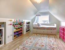 Δωμάτιο παιδιών στο παλαιό σπίτι Στοκ Φωτογραφία
