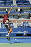 Δύο φορές ο πρωτοπόρος Lleyton Hewitt του Grand Slam και η επαγγελματική πρακτική του Tomas Berdych τενιστών για τις ΗΠΑ ανοίγουν Στοκ Φωτογραφία