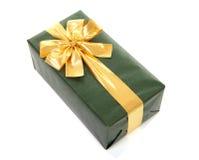 δώρο που τυλίγεται όμορφ&o Στοκ Εικόνα