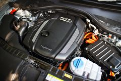 Двигатель 2014 гибрида Audi A6 Стоковое Изображение RF