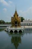 Дворец боли челки в Ayutthaya, Таиланде Стоковые Фотографии RF