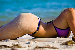 девушка бикини пляжа сексуальная Стоковое фото RF