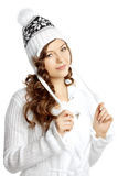 Девушка зимы усмехаясь на белой предпосылке Стоковые Фотографии RF