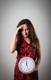 Девушка и часы Стоковое Изображение RF