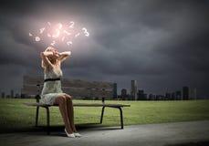 Девушка на стенде Стоковая Фотография RF