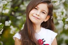 Девушка около цветков яблони Стоковая Фотография RF