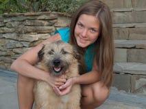 девушка собаки Стоковая Фотография RF