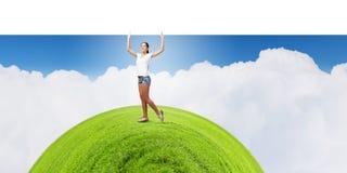 Девушка с знаменем Стоковое Изображение