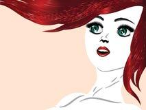 Девушка с красными волосами и зелеными глазами Стоковая Фотография