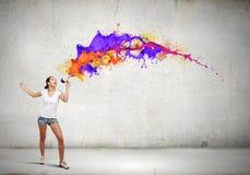 Девушка с мегафоном Стоковое Изображение