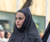 Девушка с Sardinian типичными костюмами Стоковое фото RF