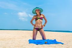 Девушка тропический остров Стоковое фото RF