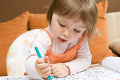девушка чертежа младенца Стоковое Изображение RF