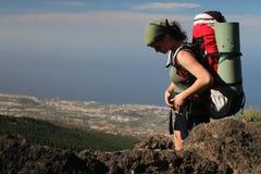 девушка backpack Стоковое Изображение