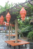 Декоративный фонарик в дворе Стоковые Изображения