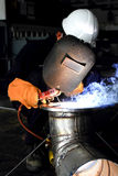 делающ hard фабрики его welder работы Стоковое Фото