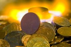 деньги ожога к Стоковые Фотографии RF