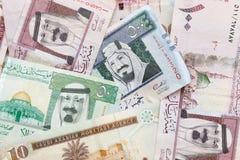 Деньги Саудовской Аравии, текстура предпосылки банкнот Стоковые Фотографии RF