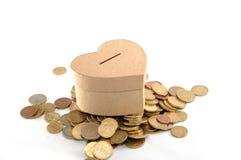 деньги сердца коробки Стоковое Изображение