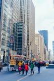 День улиц Нью-Йорка ясный Стоковая Фотография