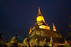 День Visakha Bucha в вероисповедании буддизма на виске Стоковые Фотографии RF