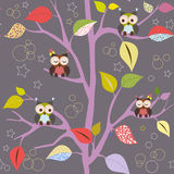 Дерево сказки с сычами Стоковое Фото