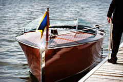 Деревянная моторная лодка Стоковое Изображение RF