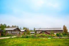 Деревянный загородный дом Стоковое Изображение RF